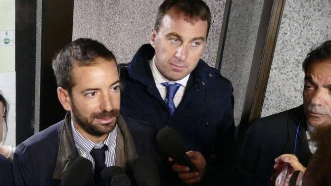 Gli avvocati della coppia all'uscita dal tribunale (Attalmi)