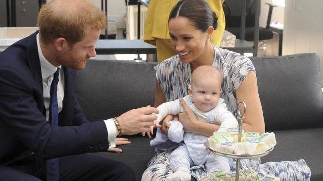 Harry e Meghan con il piccolo Archie (Epa Ansa)
