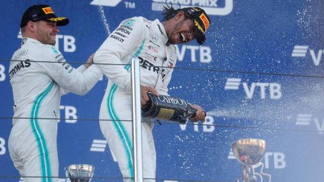 Gp Russia, Hamilton e Bottas sul podio (foto Ansa)