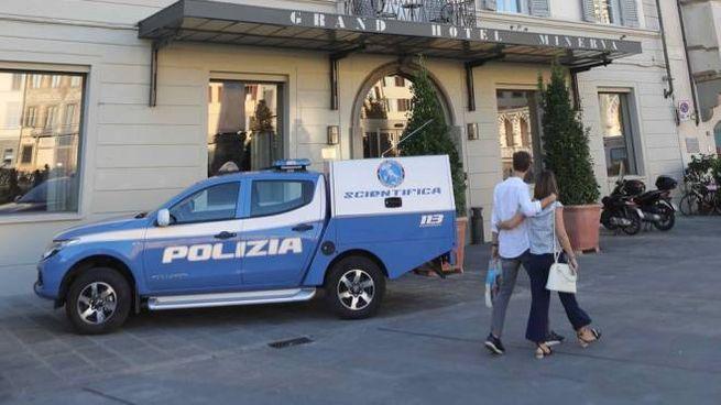 Firenze ragazzi trovati morti in una camera del Hotel Minerva