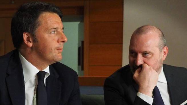 Matteo Renzi e Stefano Bonaccini in una foto del 2016 (Ansa)