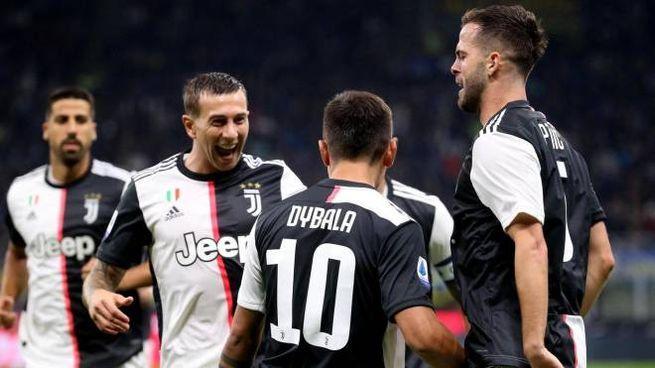 Inter-Juve, gol di Dybala (Ansa)