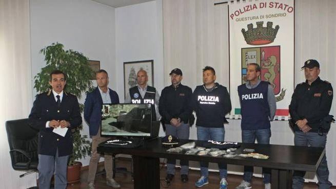 La conferenza stampa in Questura a Sondrio (Anp)