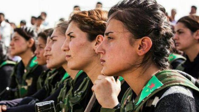 Donne delle milizie curde (Dire)