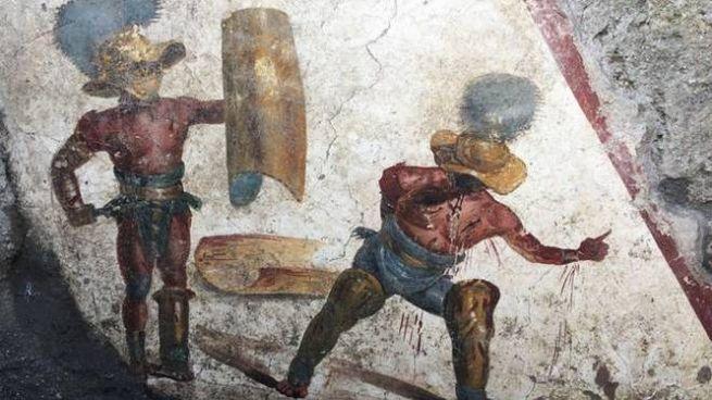 "Pompei, spunta affresco con due gladiatori. ""Scoperta senza precedenti"""