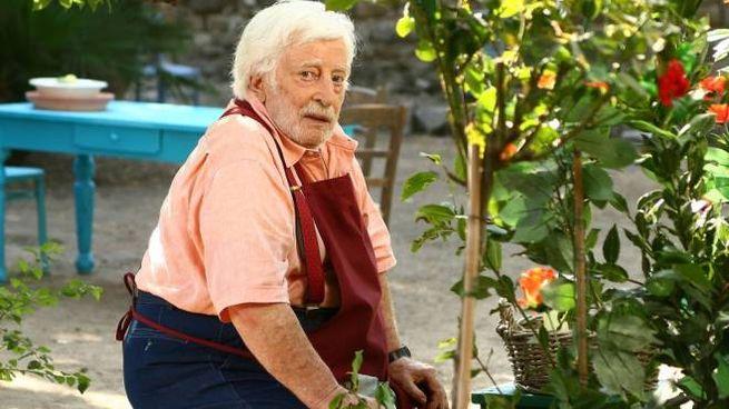 L'attore Carlo Croccolo sul set della seri tv 'Capri' (Alive)