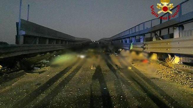 Incidente all'alba sulla strada statale 121, Paternò-Catania (Ansa)