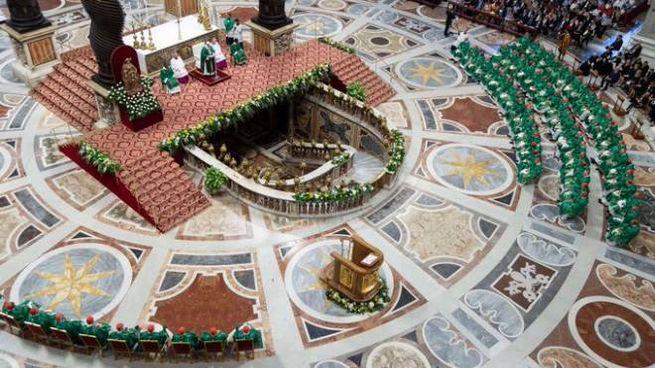 Vescovi in Vaticano, nella basilica di San Pietro (Dire)