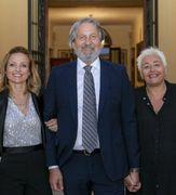 Emanuela Felletti, responsabile qualità, al centro il presidente Denis Felletti, e Virna Grazia direttore di stabilimento