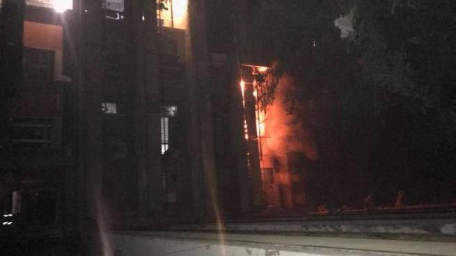 Porto Recanati, incendio all'Hotel House
