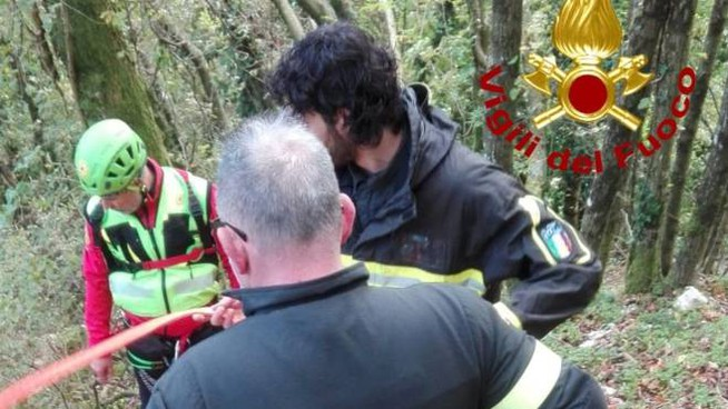 L'intervento di 118 e vigili del fuoco