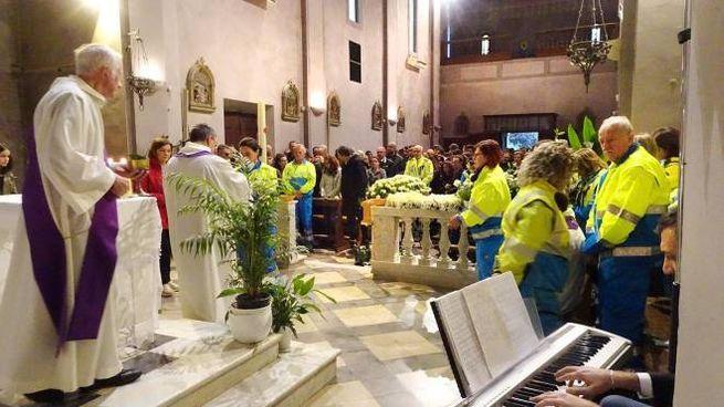 Un momento dei funerali di Francesco Tontini (Foto Borghesi)
