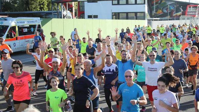 Quasi 5.000 persone hanno partecipato al Giro dei Tre Monti (Isolapress)
