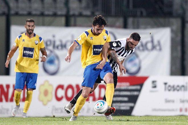 La legge della Robur: il derby va al Siena, Pianese ko, finisce 2-0