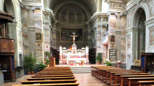 L'interno della chiesa dell'Osservanza (foto Luca Ravaglia)