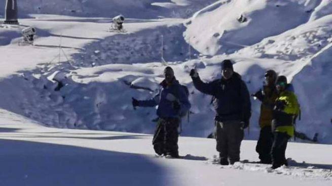 Brutta avventura per gli escursionisti al gelo nel ghiacciaio