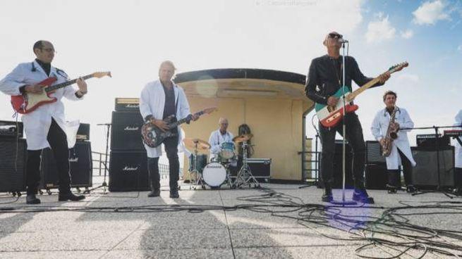 La band con Luca Carbioni