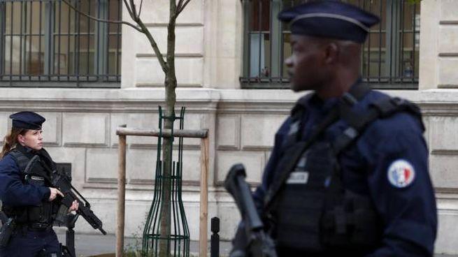 Gendarmi francesi (Ansa)