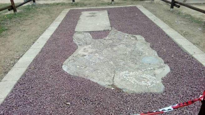 Il pezzo di muro di Berlino che si trova nel parco pubblico