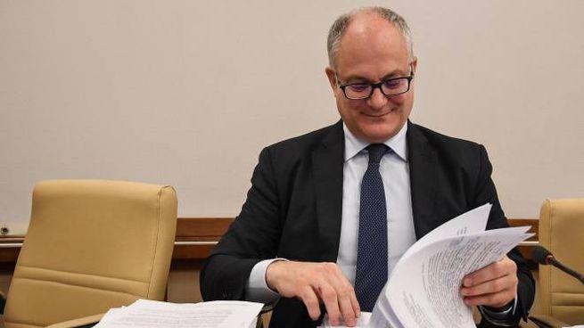 Il ministro dell'Economia Roberto Gualtieri (Ansa)