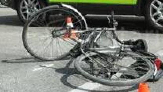 Incidente a Rimini, l'auto è piombata sulla bicicletta