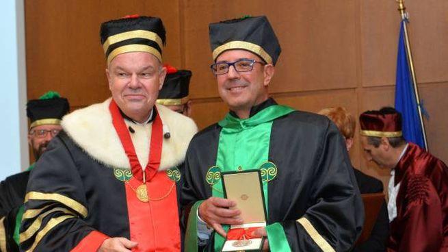 Laurea honoris causa al maggiore Gerardo Severino della Guardia di finanza