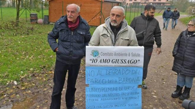 Pavia, Parco della Barona: flash mob per salvarlo - IL GIORNO