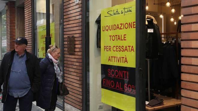 """Via Diaz Ravenna, i commercianti. """"Degrado e caro affitti"""" - il Resto del Carlino"""