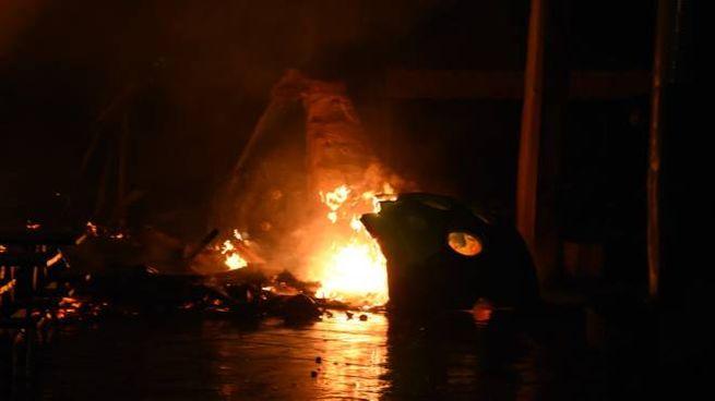 Incendio  in uno stabilimento balneare a Viareggio