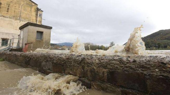 La piena dell'Arno a Firenze (Ansa)
