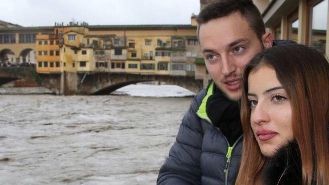 L'Arno in piena (foto New Press Photo)