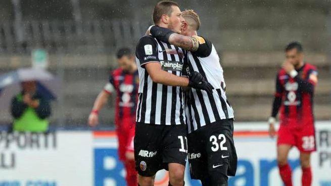 Gioia dopo il gol di Ninkovic che ha riaperto la partita (Labolognese)