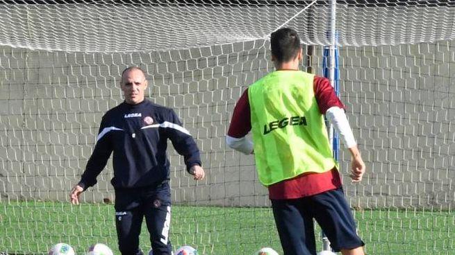 Antonio Filippini all'allenamento del Livorno (foto Novi)