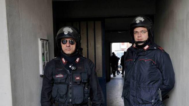 Le forze dell'ordine tra i palazzoni hanno catturato 20 spacciatori in due mesi