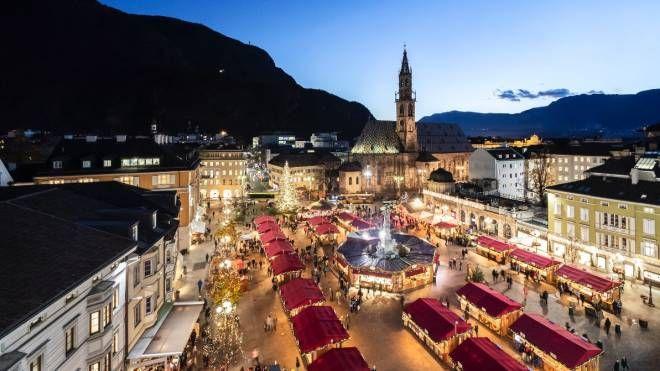 Trentino Alto Adige Artigianato mercatini di natale, da trento e bolzano alla valle d'aosta