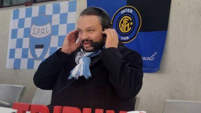 Il sindaco Alan Fabbri, tifoso biancazzurro, ieri era a San Siro per la trasmissione di Ra