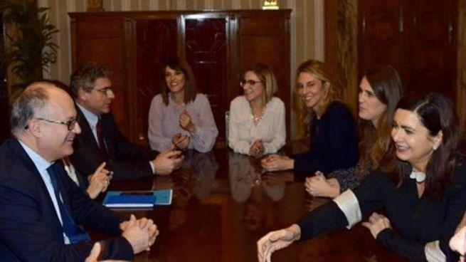 Una foto pubblicata sul suo profilo Twitter dal ministro Gualtieri (Ansa)
