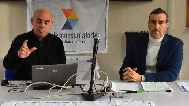 A sinistra il professor Giuseppe Sandro Dima, a destra Rino Soragni (Artioli)