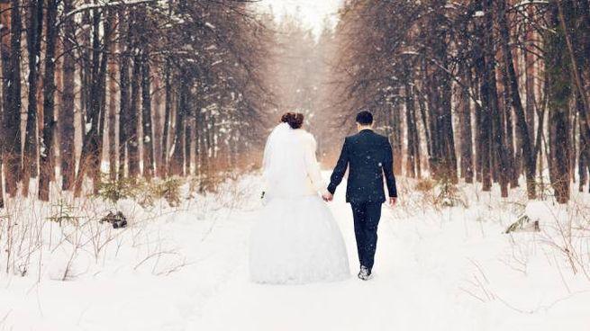 I consigli per vestirsi a un matrimonio invernale