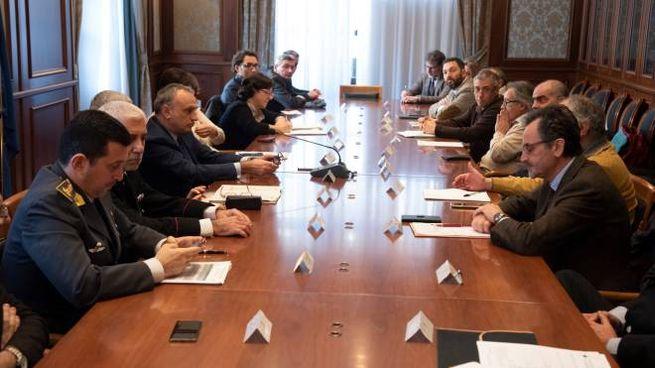 Il tavolo convocato nel Palazzo del Governo