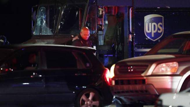 Rapina a un furgone Ups con sparatoria: 4 morti (Ansa)