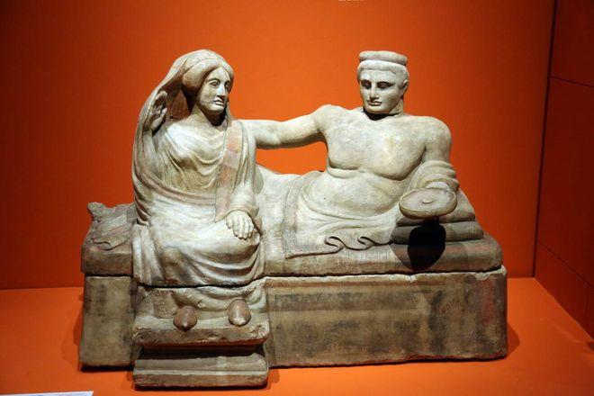 L'arte degli Etruschi ?url=http%3A%2F%2Fp1014p.quotidiano.net%3A80%2Fpolopoly_fs%2F1.4923760.1575649308%21%2FhttpImage%2Fimage.JPG_gen%2Fderivatives%2Ffullsize%2Fimage