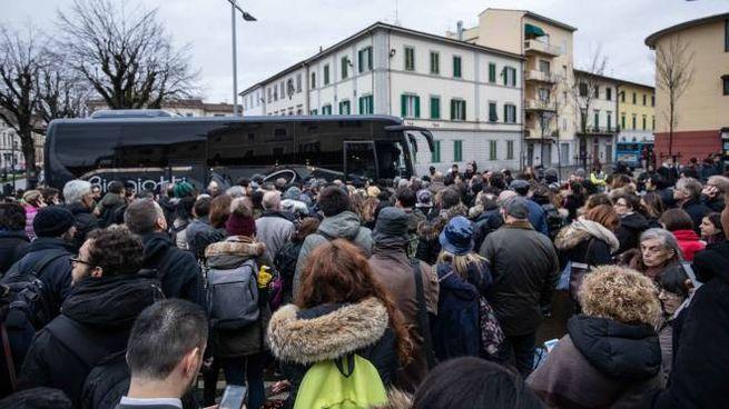 """Empoli, """"assalto"""" al bus sostitutivo a causa dello stop ai treni (foto Germogli)"""