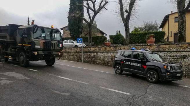 I carabinieri sul posto (foto Germogli)