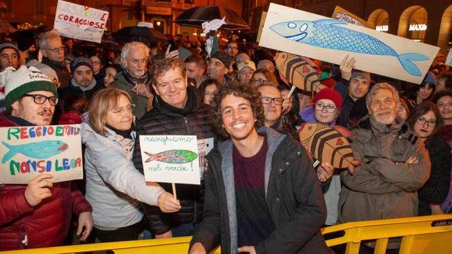 Mattia Santori in piazza con le sardine: domani la manifestazione di Roma (ImagoE)