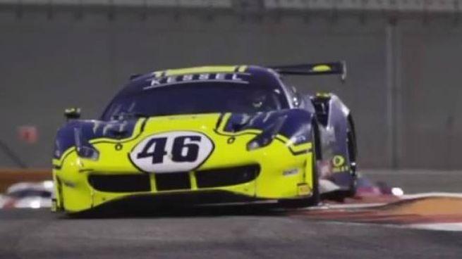 Ferrari 488 GT3 di Monster VR46 Kessel guidata dal trio Rossi-Marini-Salucci