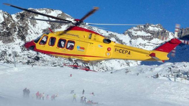 Elicottero del soccorso alpino (De Pascale)