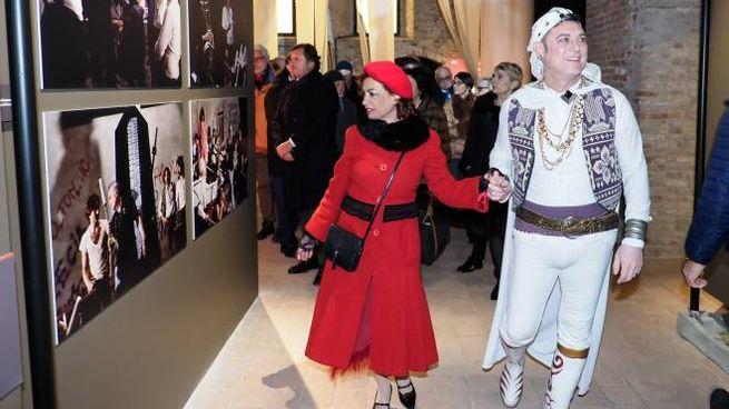 L'inaugurazione della mostra su Federico Fellini
