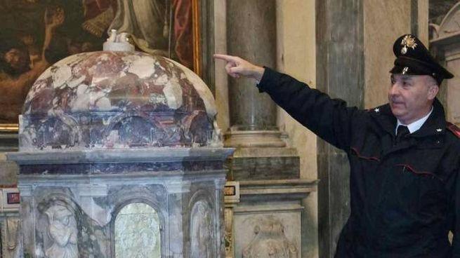La sede del Cristo Risorto che era stato rubato nel Duomo di Seravezza