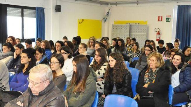 Germogli ph 15 dicembre 2014 Pontedera conferenza stampa liceo Montale